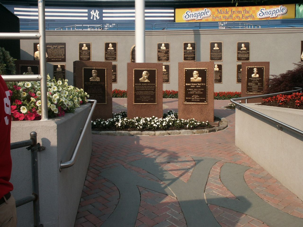 Old Yankee Stadium First One Into Monument Park 2002 Yankee Stadium Monument Park Ny Yankees