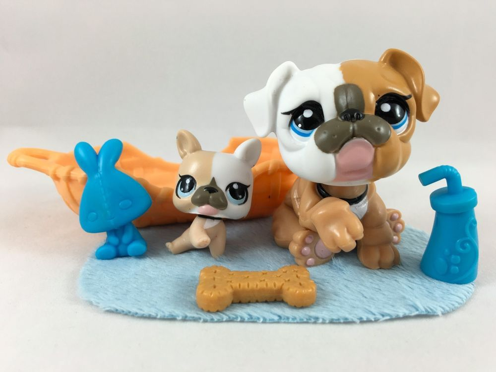 Littlest Pet Shop Rare Bulldog Mommy Baby 3587 3588 W Bed