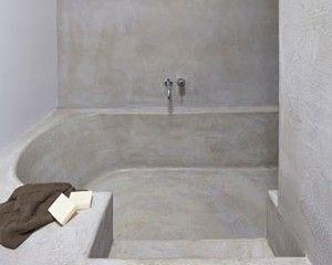 Betonstuc badkamer met verzonken bad | Inspiring Home: BATH & SHOWER ...