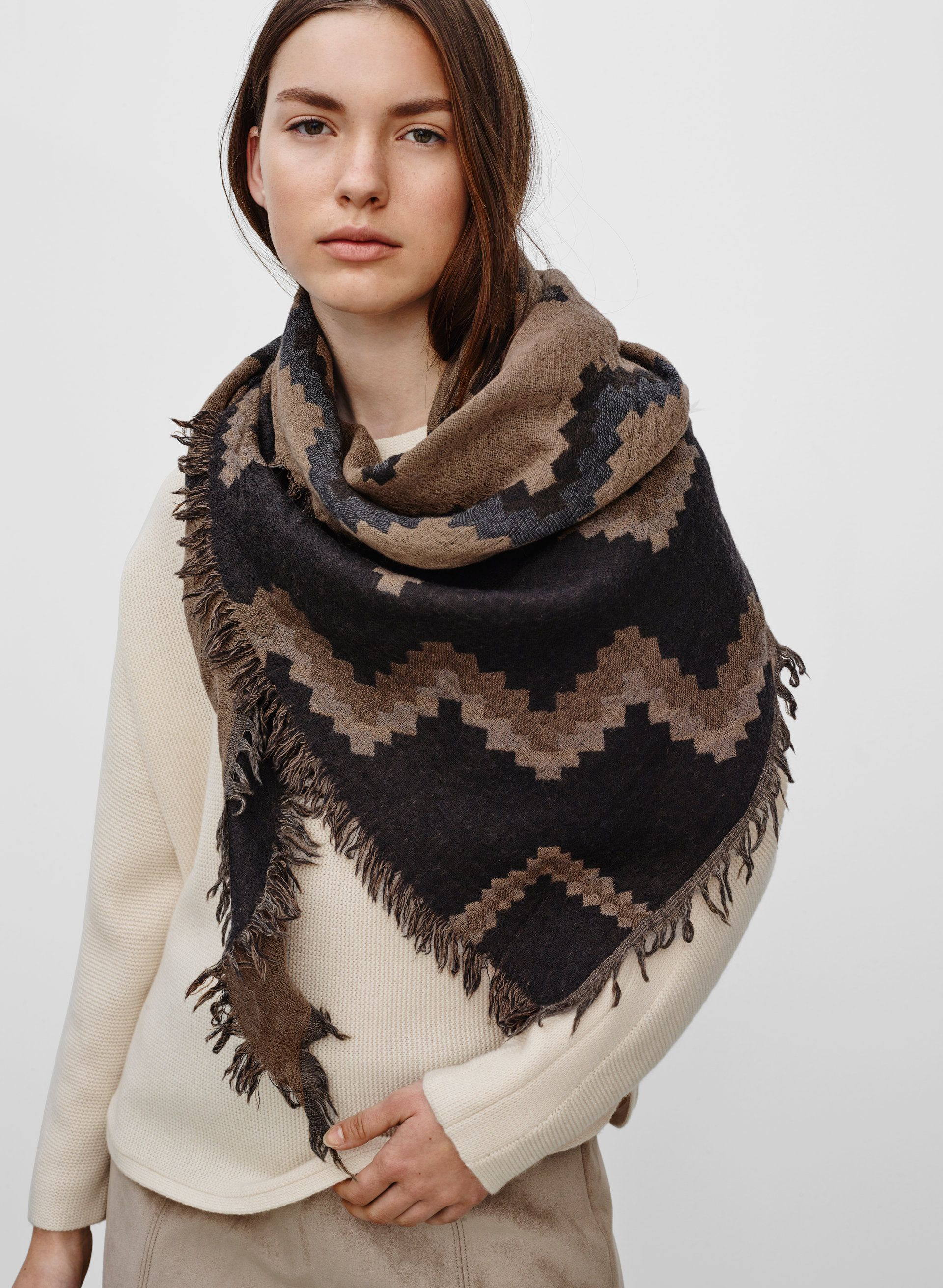 6e513182bdd98 Diamond mosaic scarf in 2019 | Fall fashion | Aritzia scarf ...