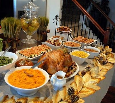 Awesome thanksgiving buffet and tablescape holiday meals for Christmas eve food ideas uk