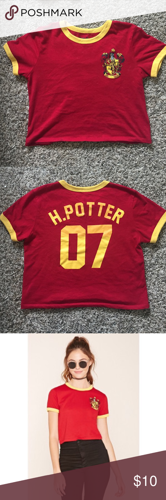 f9534504e994b1 Harry Potter Gryffindor crop top Super cute. Worn once or twice. In perfect  condition Forever 21 Tops Crop Tops