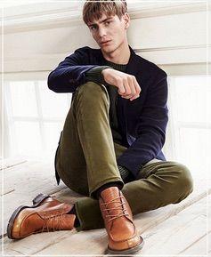 hot mens green pants, brown shoes and dark blue jumper | Men's ...