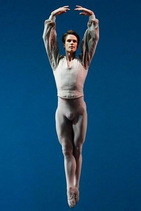 Dating a male ballet dancer