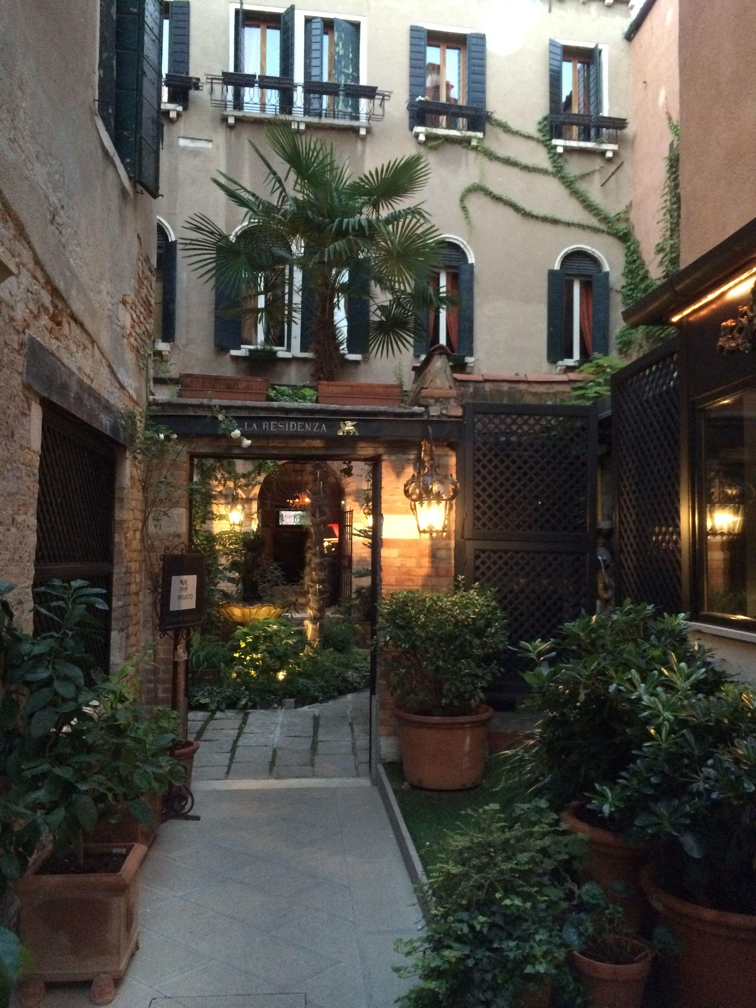 Venice Courtyard Courtyard House Styles Patio Garden