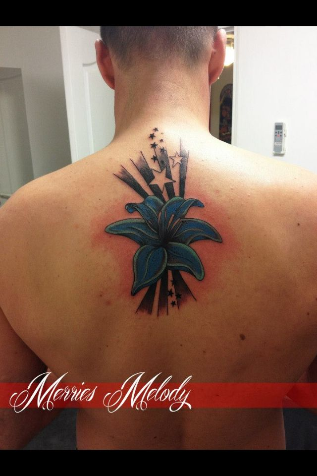 Tatouage lys bleu toiles by merries melody tattooshop - Tatouage rose bleu ...