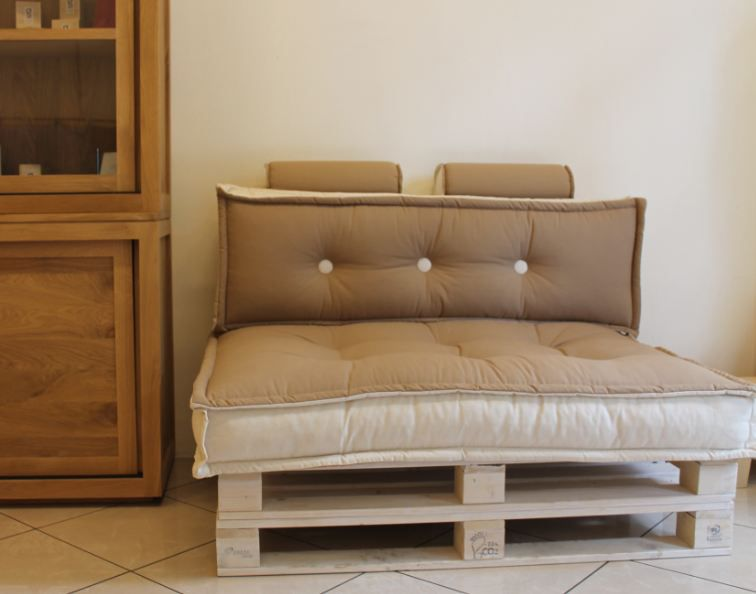 Divano Pallet ~ Best cuscini tabouret images sleep pallet and