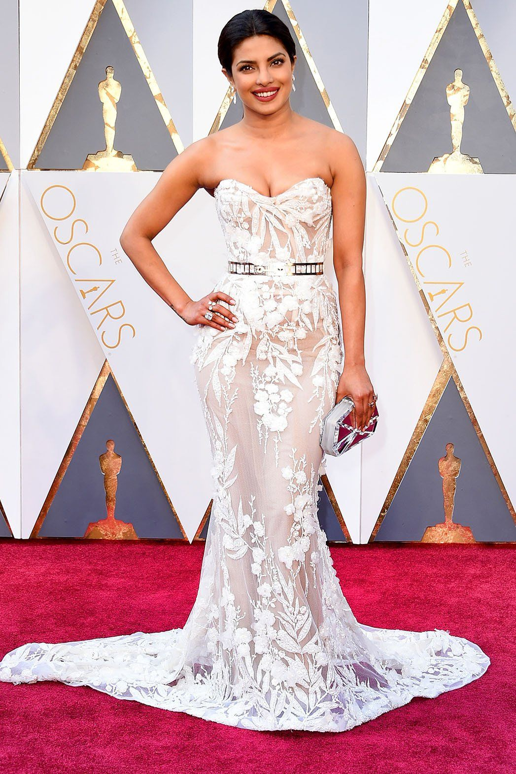 Oscars Red Carpet Photos Best Oscar Dresses Priyanka Chopra Red Carpet Oscar Dresses