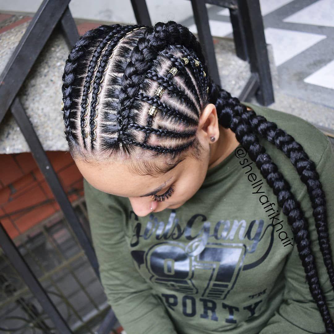 La Imagen Puede Contener Una O Varias Personas Y Primer Plano Peinados Con Trenzas Africanas Peinados Con Trenzas Peinados Poco Cabello