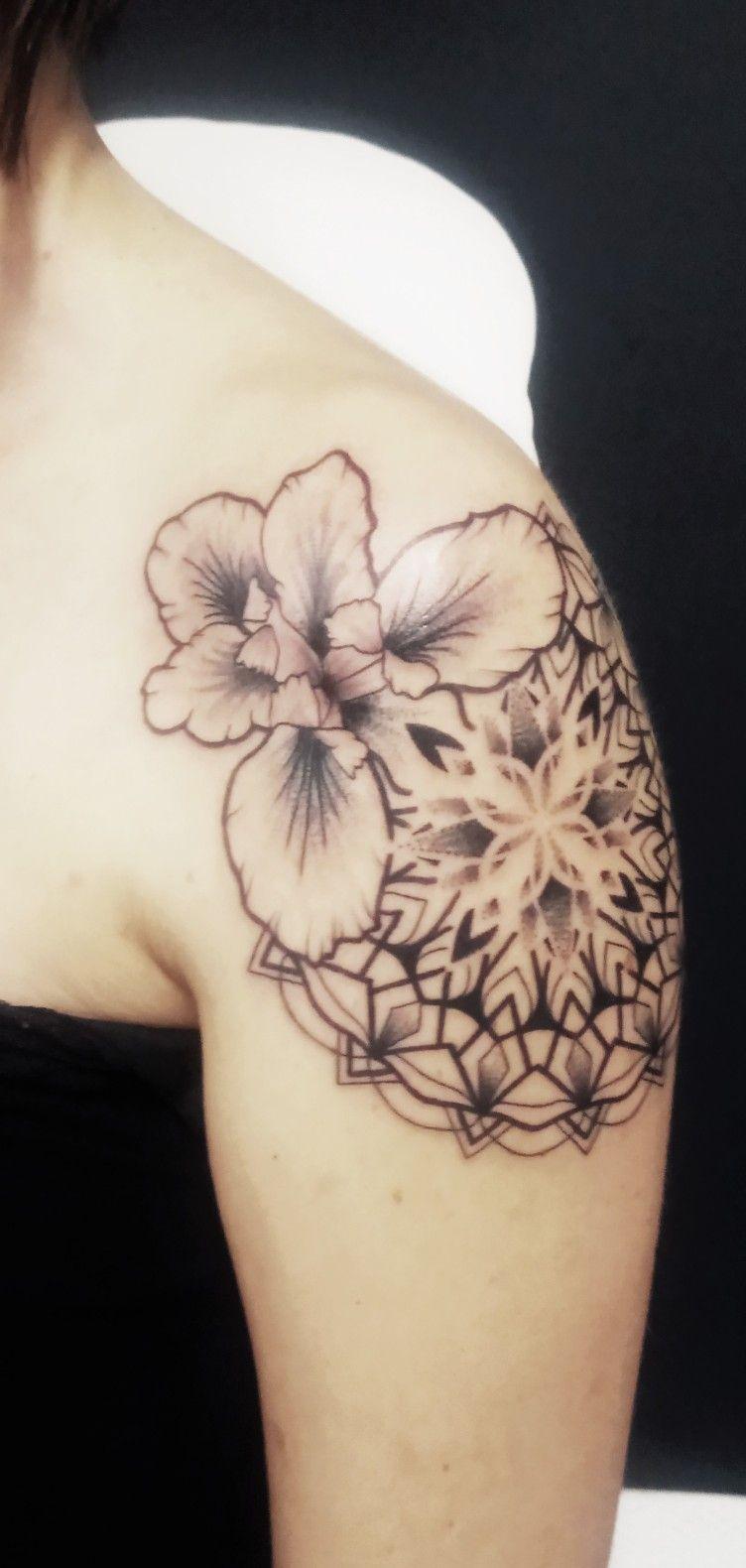 Tattoo iris mandala paule tats pinterest tatting and tattoo tattoo iris mandala paule izmirmasajfo Images