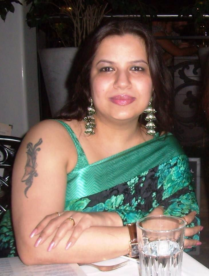 fat indian aunties nude