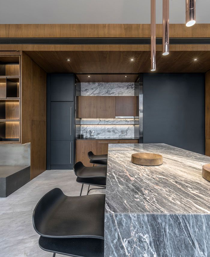 Majestic Loft Apartments: Bachelor Loft Equipped For Modern And Sophisticated