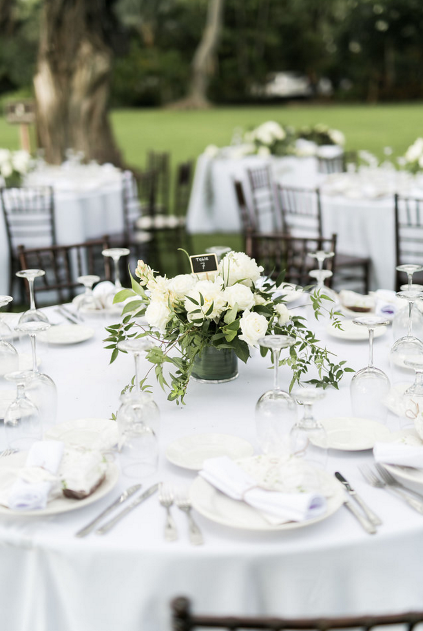 Simple white centerpiece | Centerpieces- White | Pinterest | White ...