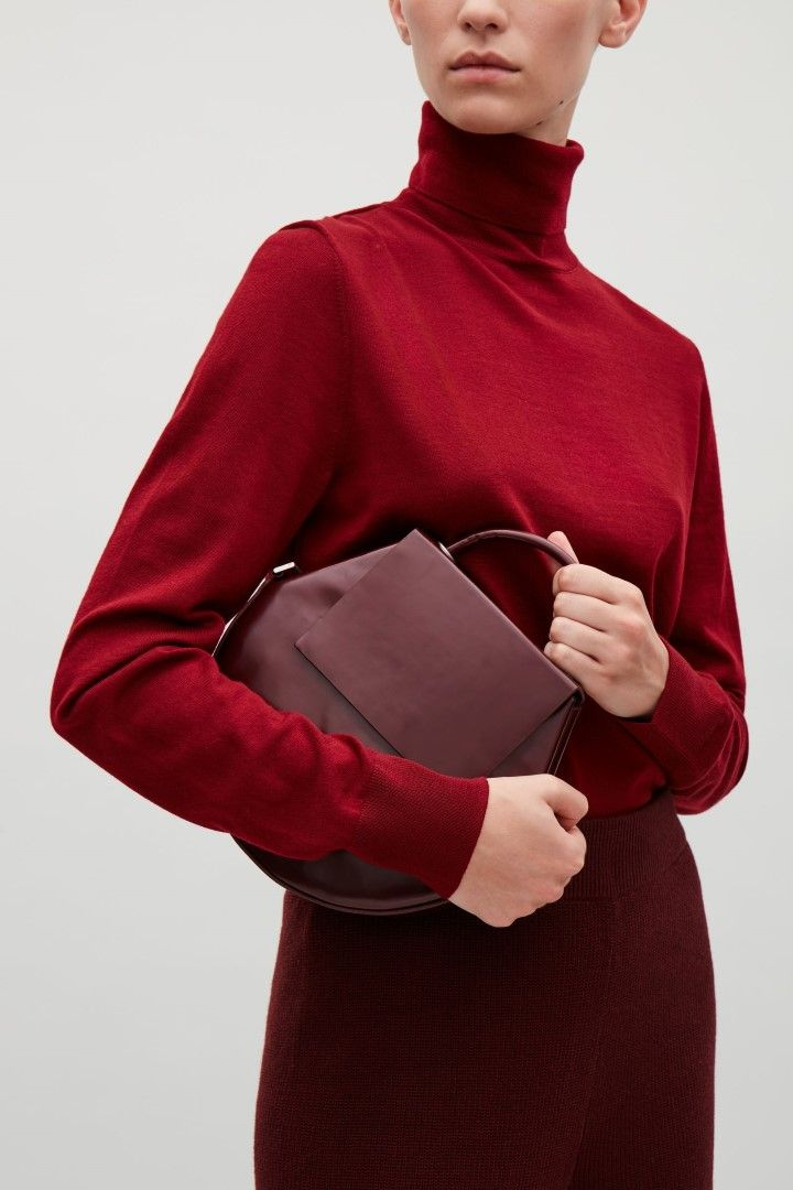 a67c9a9b583 COS image 2 of Round leather shoulder bag in Burgundy
