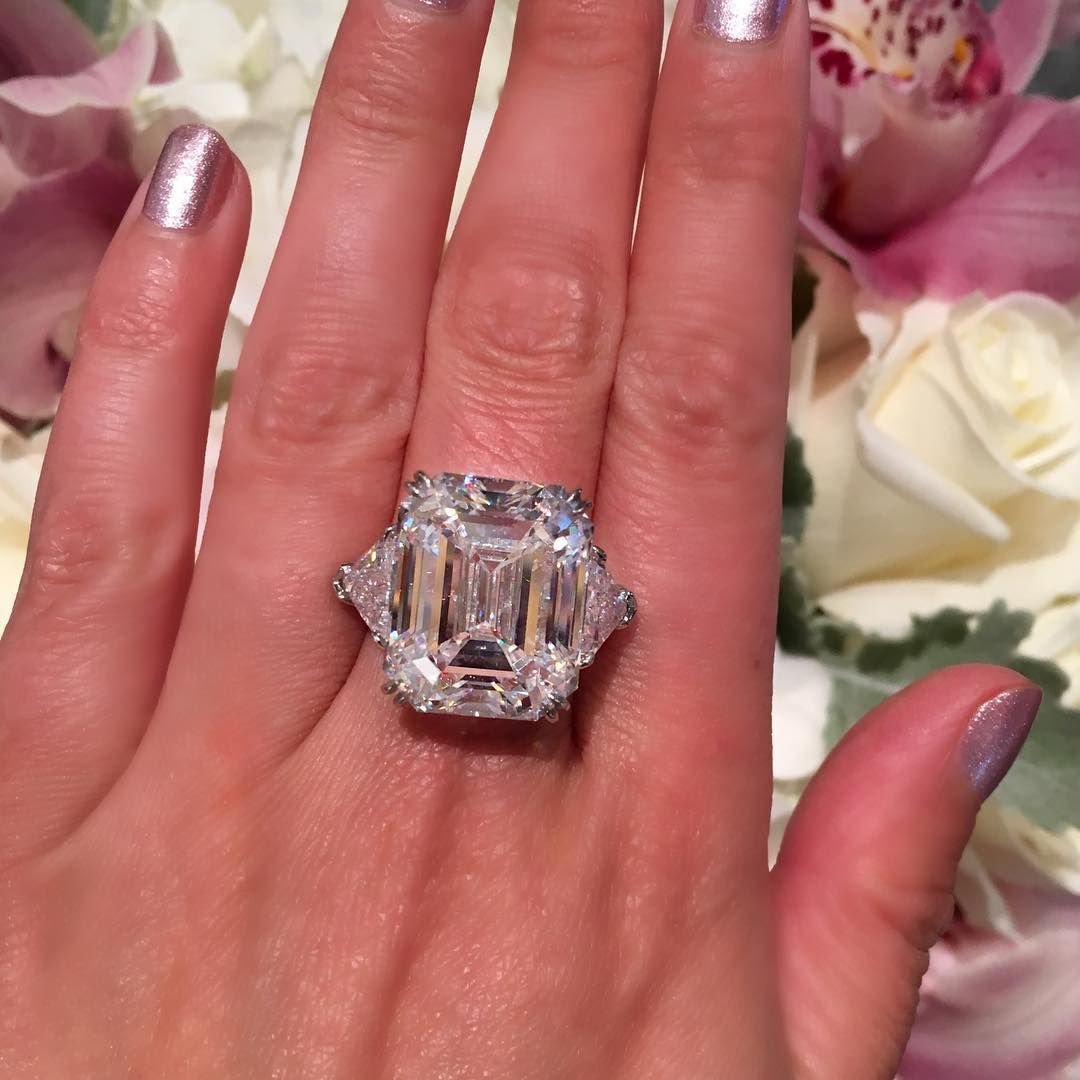 engagement ring, emerald cut, big diamonds | Finest diamond ...