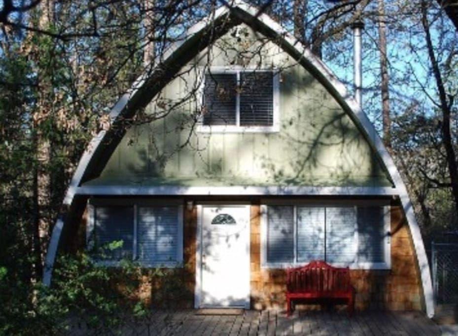 Fire Escape Cabin S Yosemite Area Cabins For Rent In Oakhurst California United States Cabin