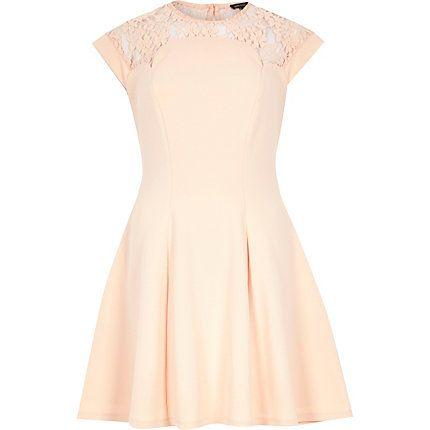 Light pink lace top skater dress 50,00 € | Wedding Ideas | Pinterest