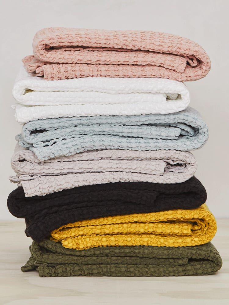 Hot Take Waffle Towels Are The Best Of All Towels Waffle Weave Towels Towel Linen Bath Towels