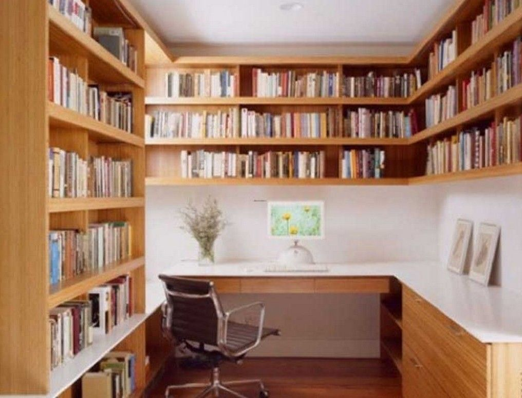 Enchanting home library design with brown wooden bookshelf Small library room design ideas