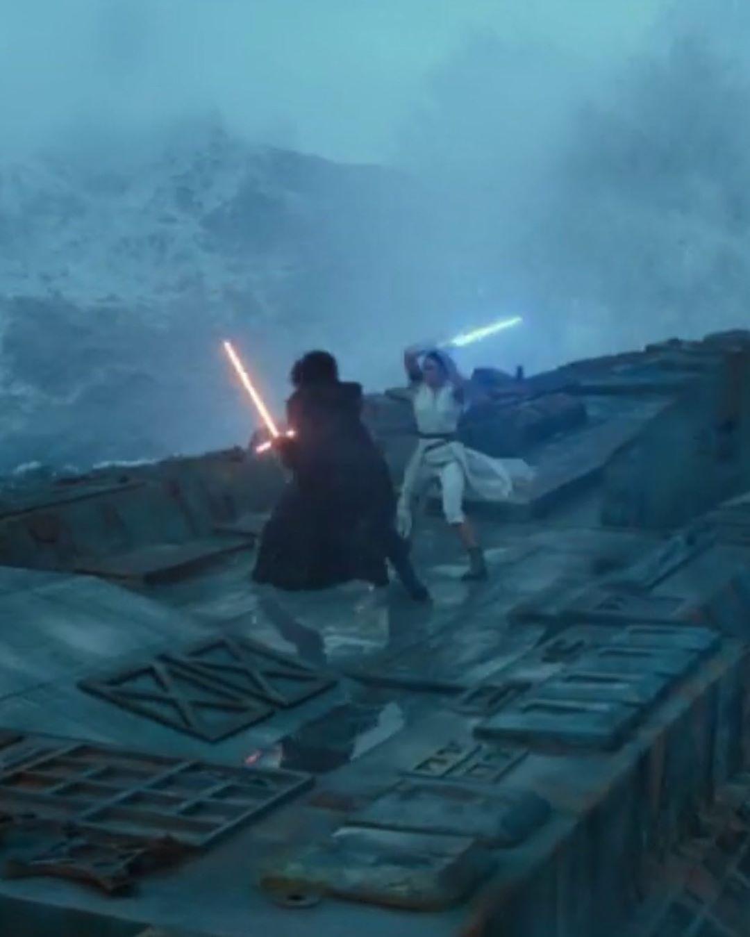 Star Wars The Rise Of Skywalker Star Wars Online Star Wars Geek Star Wars