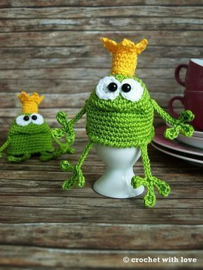 Eierwärmer häkeln -- Froschkönig-Motiv --Deko #knittedtoys