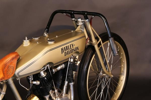 1923 HARLEY DAVIDSON Boardtrack Racer - Heroes Motorcycles