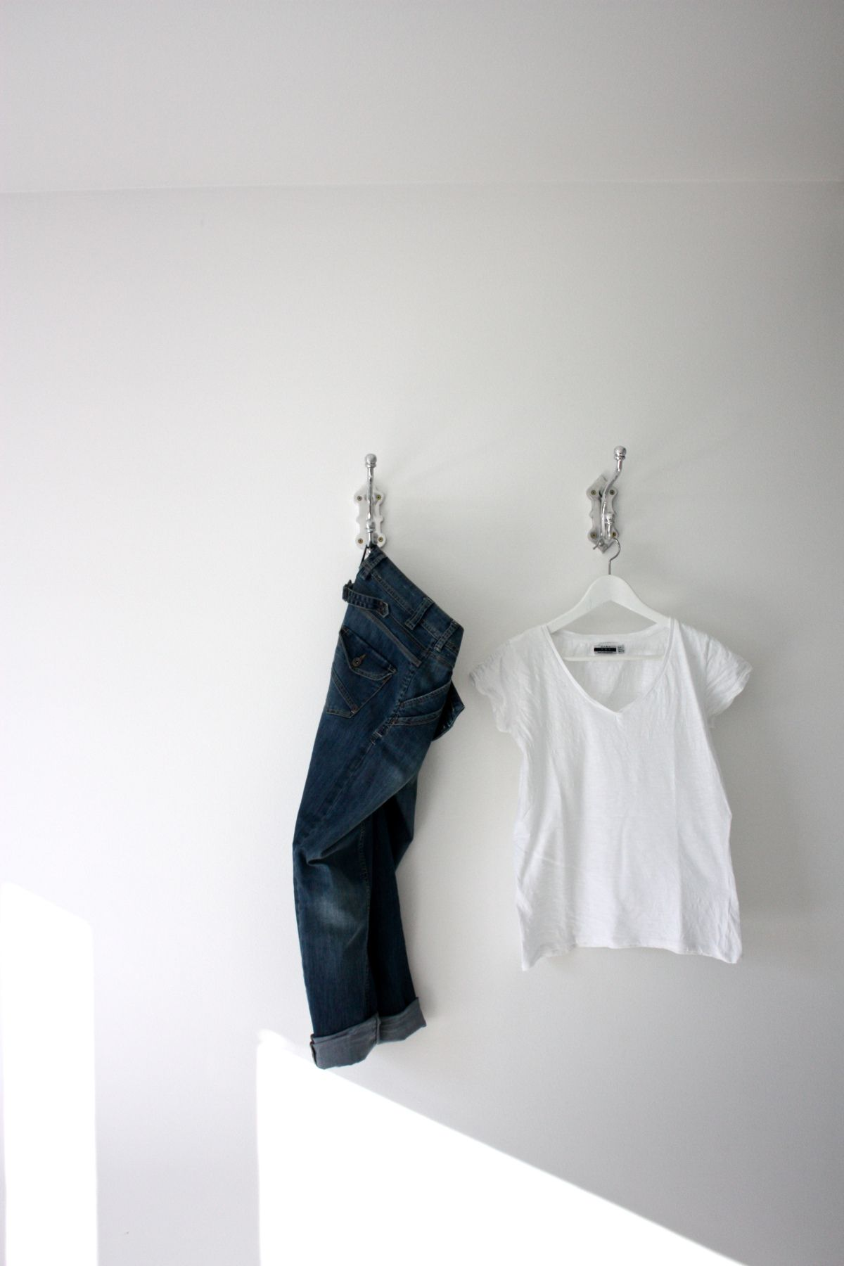 Jeans and white tee
