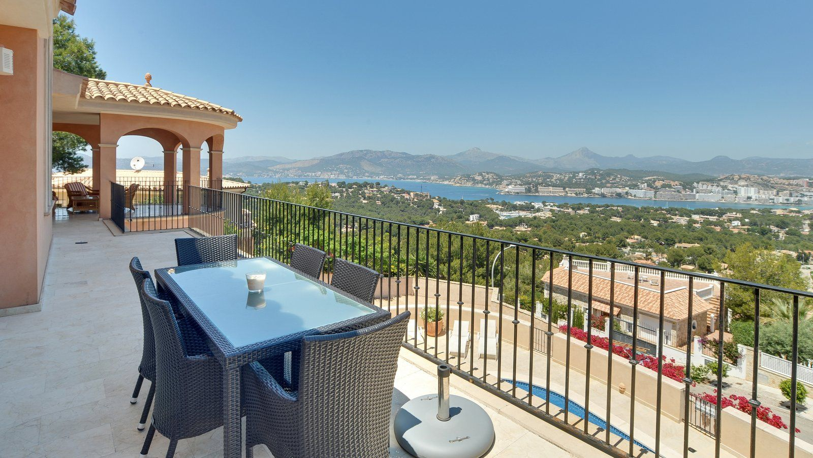 Mallorca Königsblick auf die Bucht von Santa Ponsa