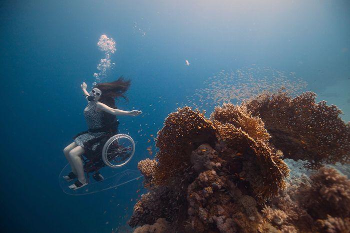 Freewheeling Self Propelled Underwater Wheel Chair