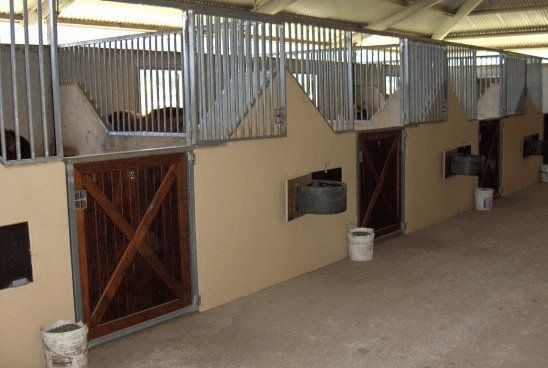 Concrete Poured Walls Also Cooling In Hot Summers Concrete Divider Wall Design