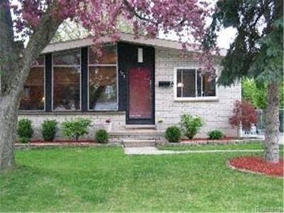 1921 nakota rd royal oak mi 48073 houses for sale pinterest