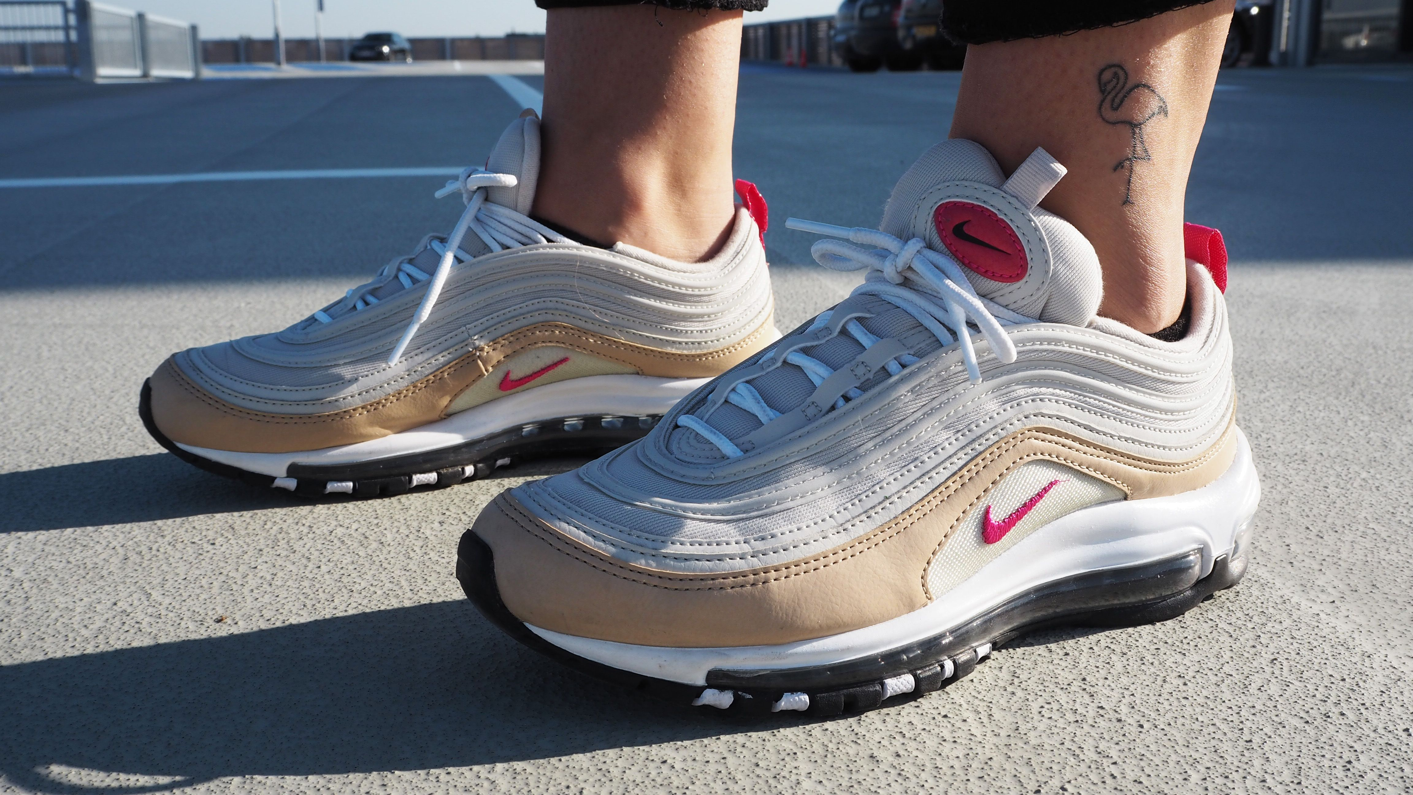 Chunky sneakers: zo draag je ze | Sneaker, Schoenen, Hoge