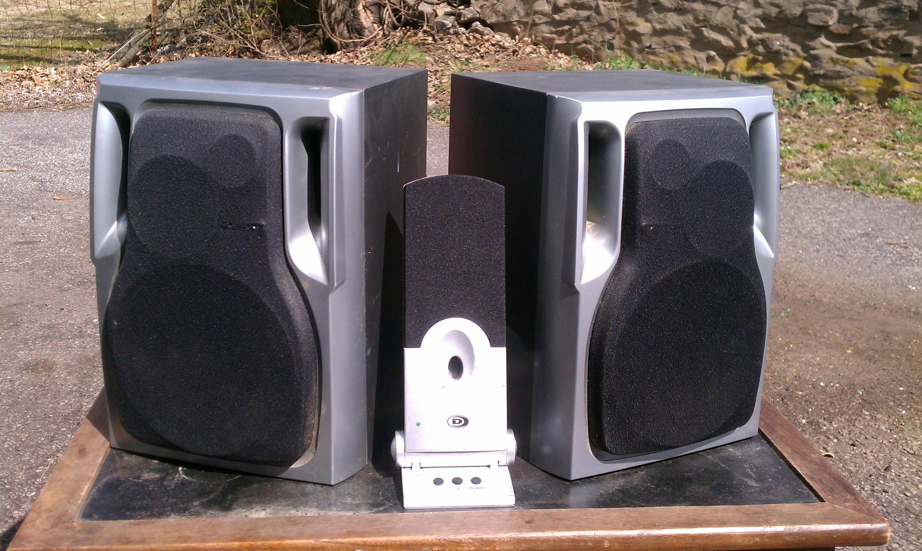 DIY How To Make Homemade Amplified Speakers For a