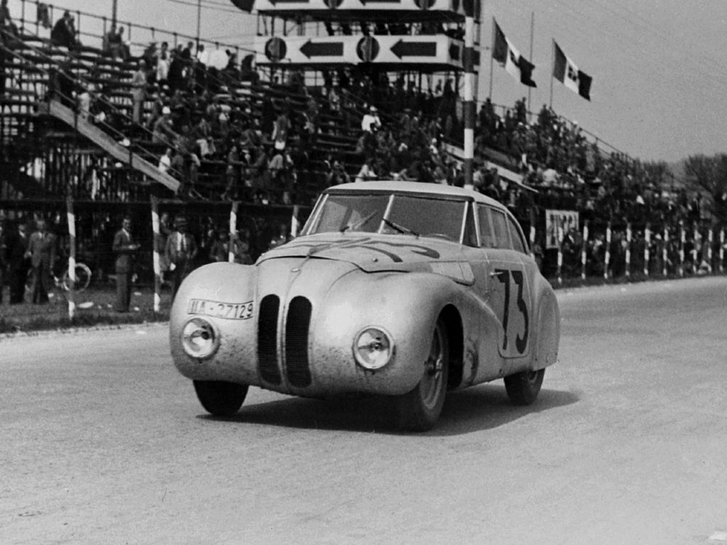 1940 .. Mille Miglia .. BMW 328 Kamm Coupe .. driven by Lurani ...