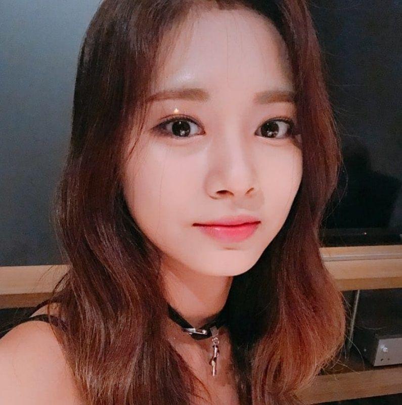 Foreign K Pop Idols Who Have Amazing Korean Handwriting In 2020 Kpop Twice Pop