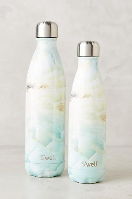 su0027well reusable water bottle keeps liquids cool or - Swell Waterbottle