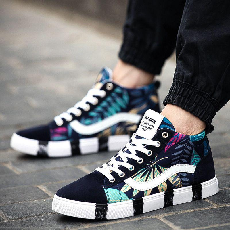 7d6d12188d91 Floral printing Canvas Shoes Men graffiti Plataforma High Top Fashion Flats  Casual male Shoes Footwear Lace