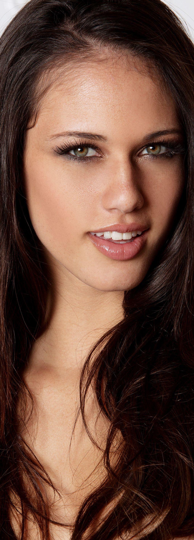 Tiffany Thompson Long Hair Color Beauty Face Beautiful Face
