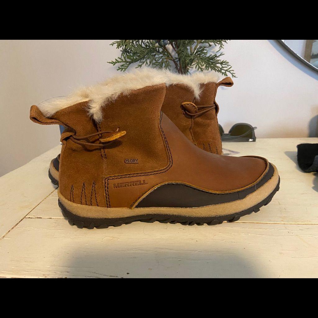 Merrill Boots 8.5 Never Worn