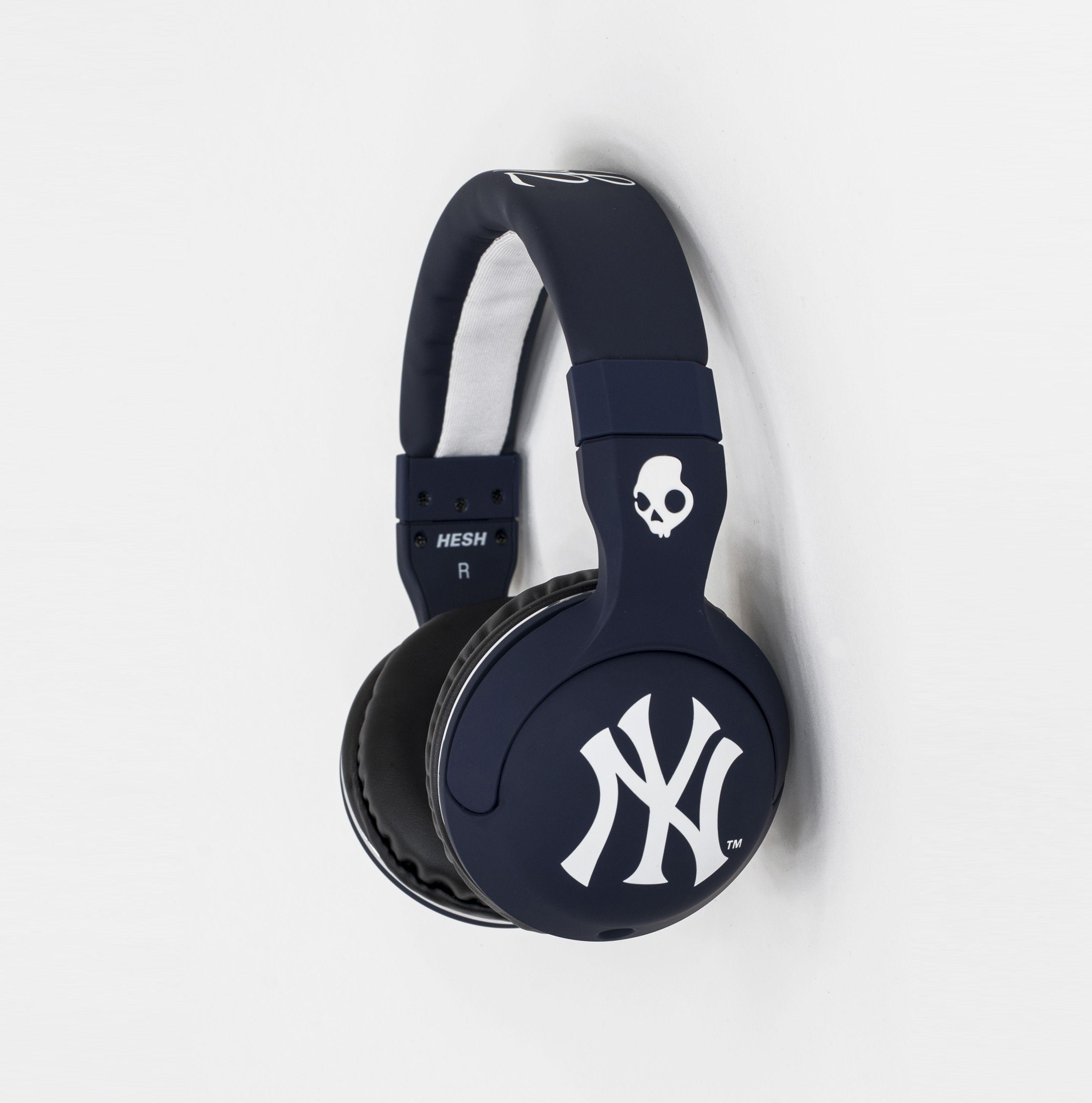 New York Yankees Bedroom Decor Ny Yankees Skullcandy Headphones New York Yankees Baseball Diy