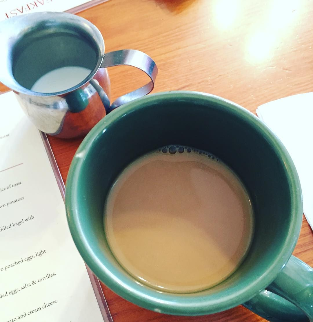 Good morning!  #coffeelover #breakfastisserved by lynndeeee