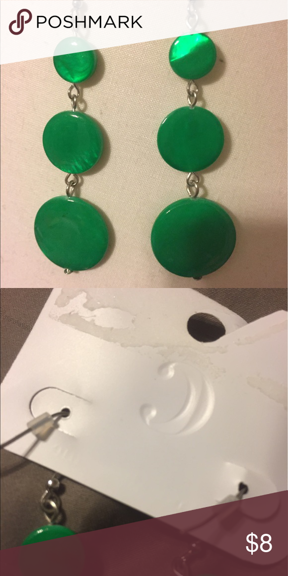 Charming Charlie's Green Circle earrings NEW Kelly Green 3 circle earrings, Never worn Charming Charlie Jewelry Earrings