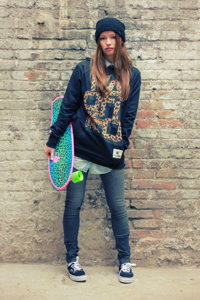 Moda KaotikoBCN LookBook 2013 Tienda online de ropa urbana y streetwear.