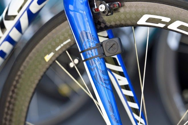 Vincenzo Nibali's Specialized Tarmac SL4 Subtle graphics on the fork. Photo: Caley Fretz | VeloNews.com