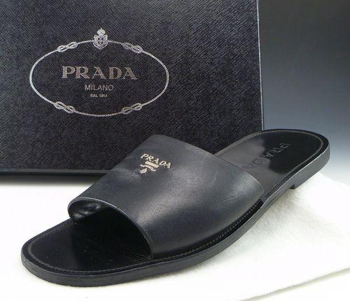 04315ce2c8e9  279 PRADA sz 8 LOGO SLIDE SANDAL 2X1952 MENS BLACK fits US 9 Men s Leather