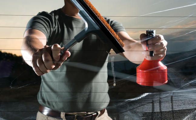 How To Make Your Own Windscreen Washer Window Cleaner Professional Window Cleaning Commercial Window Cleaning