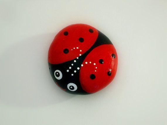 ladybug red painted rocks home and living decor figurines. Black Bedroom Furniture Sets. Home Design Ideas