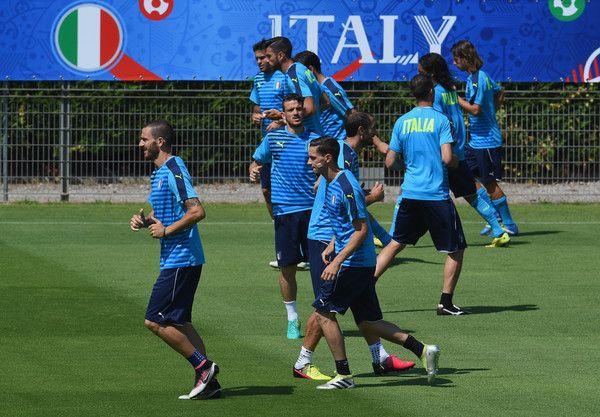 """Players in action during the Italy training session at """"Bernard Gasset"""" Training Center on July 01, 2016 in Montpellier, France."""