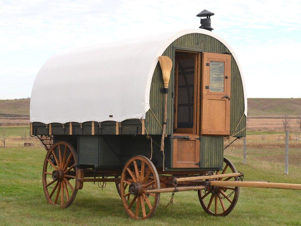Sheepherder Wagon With Canvas Top Shop In Stock Wagons Hansen Wheel And Wagon Wagon Covered Wagon Horse Drawn Wagon