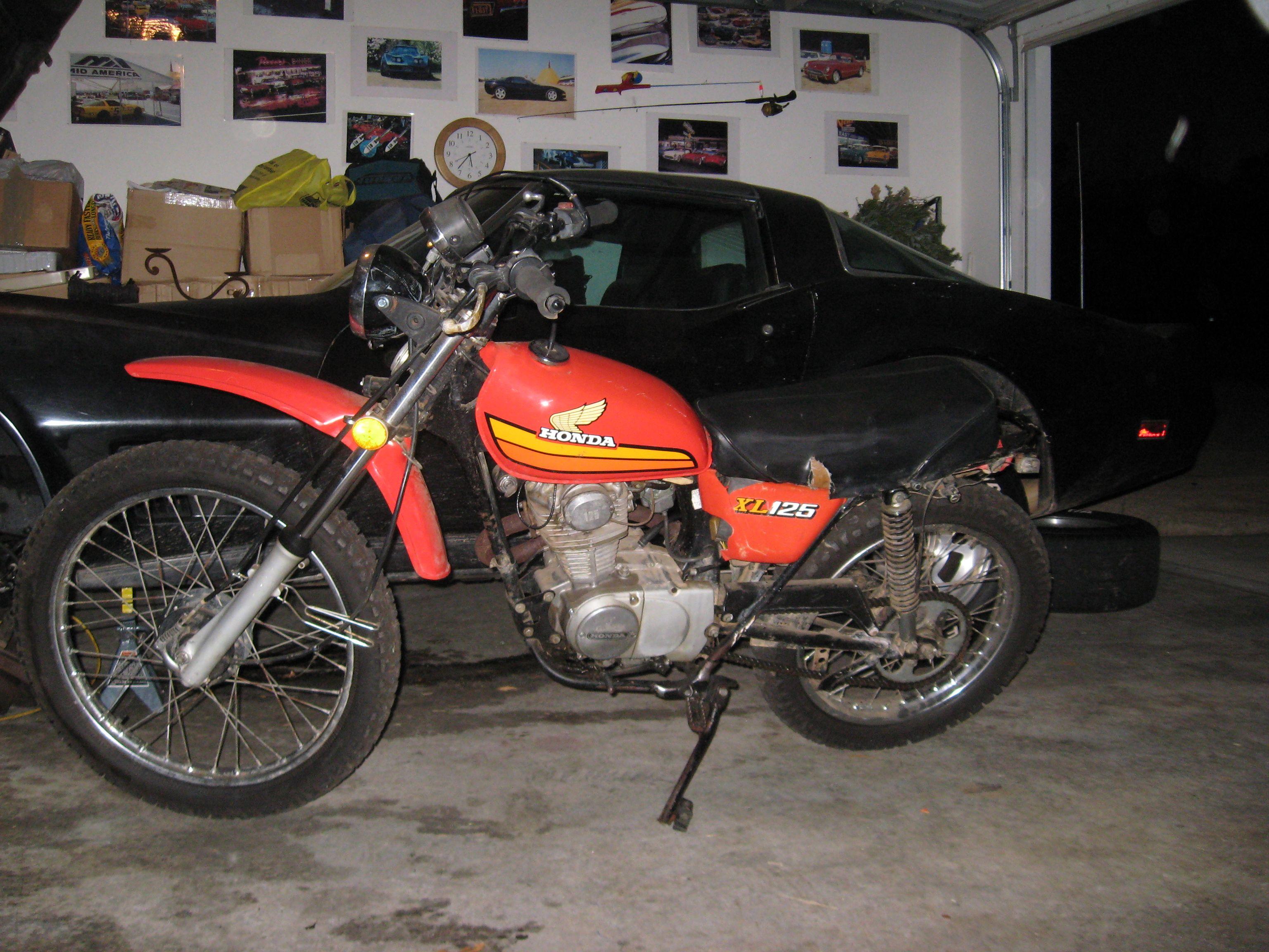 my1981 corvette 1978 honda xl 125 enduro cars bikes. Black Bedroom Furniture Sets. Home Design Ideas